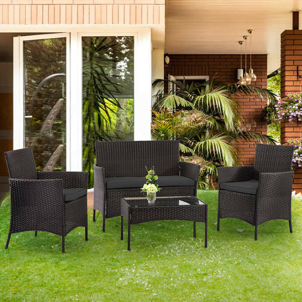 4-Seat Outdoor Rattan Garden Furniture Set with Table